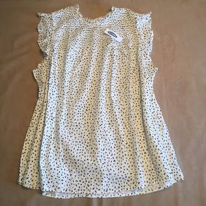 White cheetah print flutter sleeve top. New w tags
